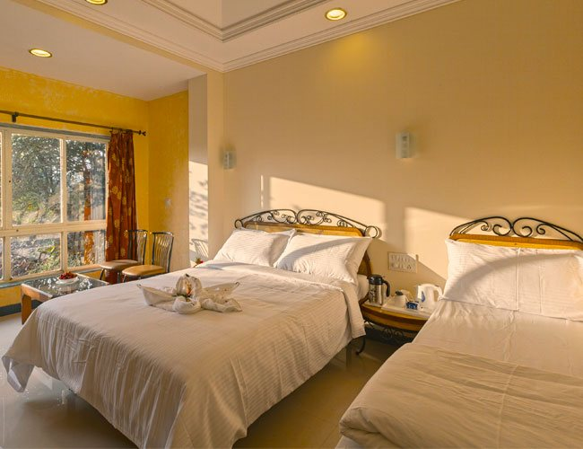 resort room in mahabaleshwar