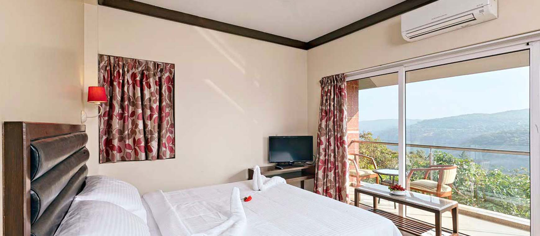 luxury room in mahabaleshwar
